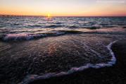 Naplemente a szeles Toszkán tengerparton.